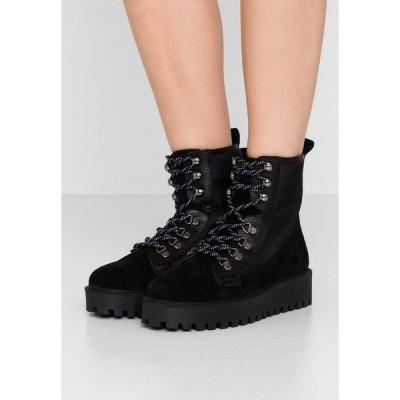 ガーメント プロジェクト ブーツ&レインブーツ レディース シューズ MINA BOOT - Platform ankle boots - black