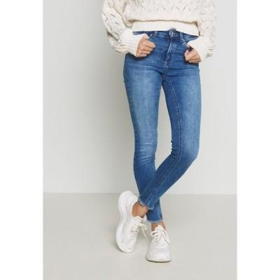 オンリー プティ デニムパンツ レディース ボトムス ONLBLUSH - Jeans Skinny Fit - medium blue denim
