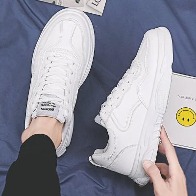 春の白い靴の男性の運動とカジュアル靴の韓国版の潮流の百はins白い靴のお父さんの男の靴に乗ります