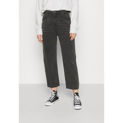 ノイジーメイ デニムパンツ レディース ボトムス NMBROOKE SLIM DAD - Straight leg jeans - black denim