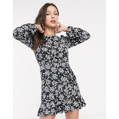 ミスセルフフリッジ レディース ワンピース トップス Miss Selfridge swing tea dress with ruffle hem in black floral print