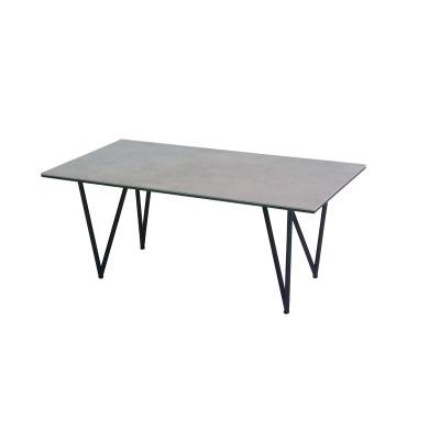 セラミック天板のシックモダンなリビングテーブル