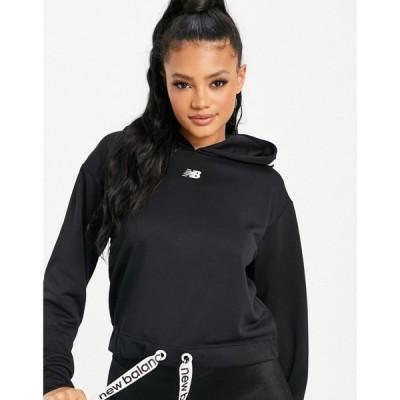 ニューバランス New Balance レディース パーカー クロップド トップス Running cropped hoodie in black ブラック