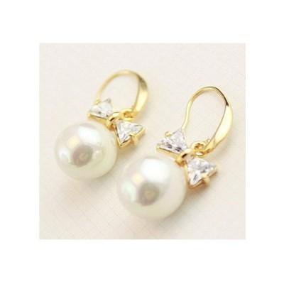 キラキラかわいいリボン&パール レディースピアス  淡水真珠・18Kゴールドメッキ