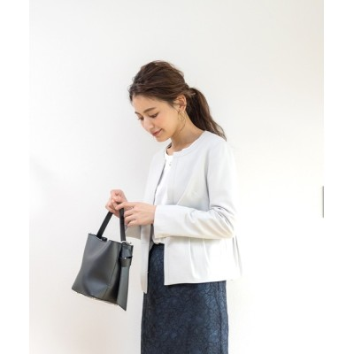 White Collection / タック切り替えデザイン・ブッチャーノーカラージャケット(総裏地) WOMEN ジャケット/アウター > ノーカラージャケット