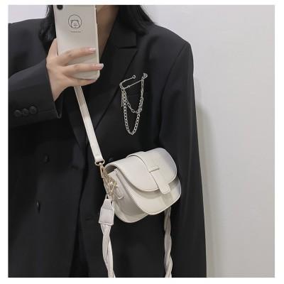 大人っぽく、そして美しく 韓国ファッション ウエスタンスタイル テクスチャ クロスボディバッグ 2021年の新しいスタイル トレンド 百掛け 小さなスクエアバッグ ショルダー アンダーアームバッグ