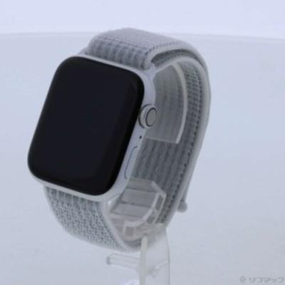 (中古)Apple Apple Watch Series 4 Nike+ GPS 44mm シルバーアルミニウムケース サミットホワイトNikeスポーツループ(276-ud)