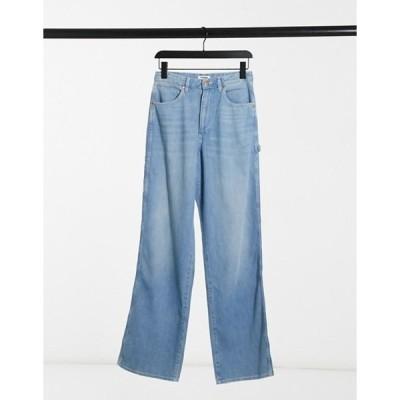 ラングラー レディース デニムパンツ ボトムス Wrangler Mom Relaxed Carpenter Jeans in sunfade