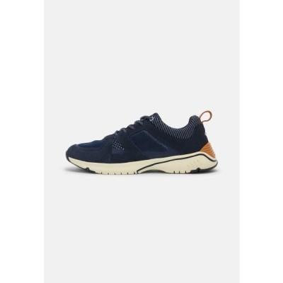 キャメルアクティブ メンズ 靴 シューズ BRYCE - Trainers - navy blue
