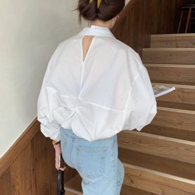 レディース トップス 長袖 シャツ ブラウス 白シャツ 無地 襟あり ボリューム袖 ドルマンスリーブ バックデザイン ゆったり 体型カバー 白 ホワイト カジュアル