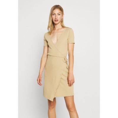 エンヴィ ワンピース レディース トップス ENALLY DRESS - Shift dress - brown