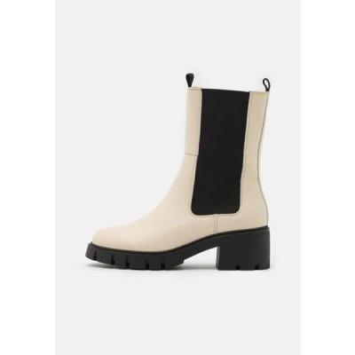 ヴェロモーダ レディース 靴 シューズ VMRIKKO BOOT - Platform ankle boots - birch