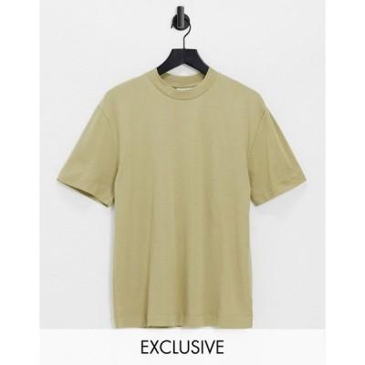 コリュージョン レディース Tシャツ トップス COLLUSION Unisex organic cotton t-shirt in khaki Khaki