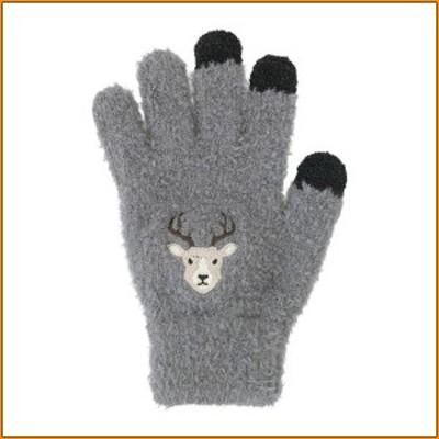 スマホ手袋 シカ 17319631087 ▼キュートな刺繍のもふもふスマホ手袋