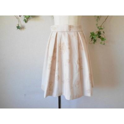 美品 レッセパッセ LAISSE PASSE 秋冬 向き フロッキー のお花の 素敵 な スカート 38
