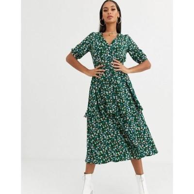 ミスガイデッド レディース ワンピース トップス Missguided tiered midi dress in green floral Green