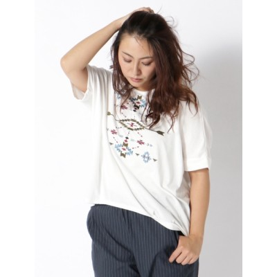 【大きいサイズ】【LL-3L】ゆったりサイズ!オルテガ刺繍裾タックドルマンT 大きいサイズ トップス・チュニック レディース
